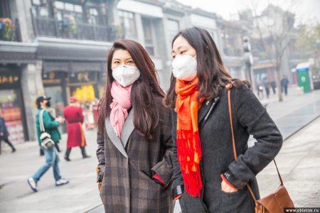 Тенденция к одеванию масок от смога в Пекине