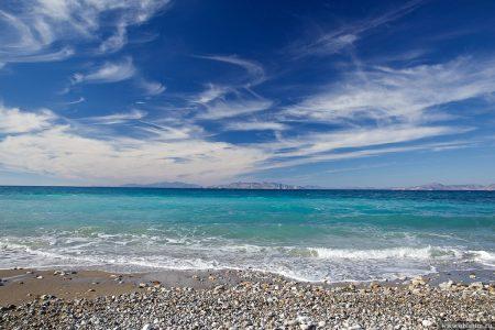 Безлюдные пляжи на западном побережье Родоса