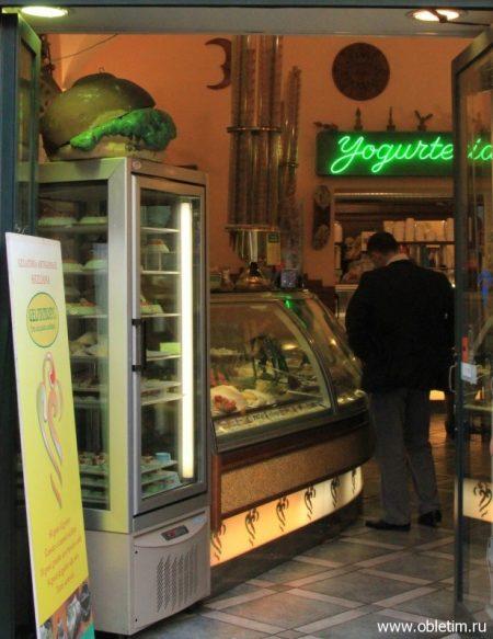 Желатерия (Gelateria) – мороженое в Риме