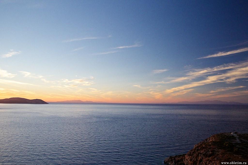 Красивый закат моря