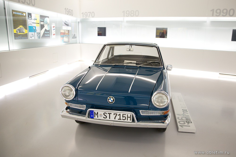 BMW 700 (1964 год)