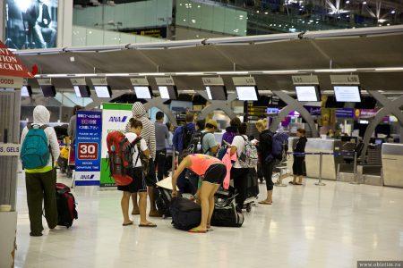 Как добраться из аэропорта Суварнабхуми в центр города Бангкок