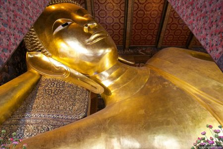Храм лежащего Будды (Ват Пхо)